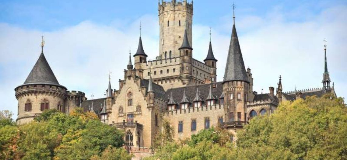 Ernesto de Hannover vende su castillo por un dólar