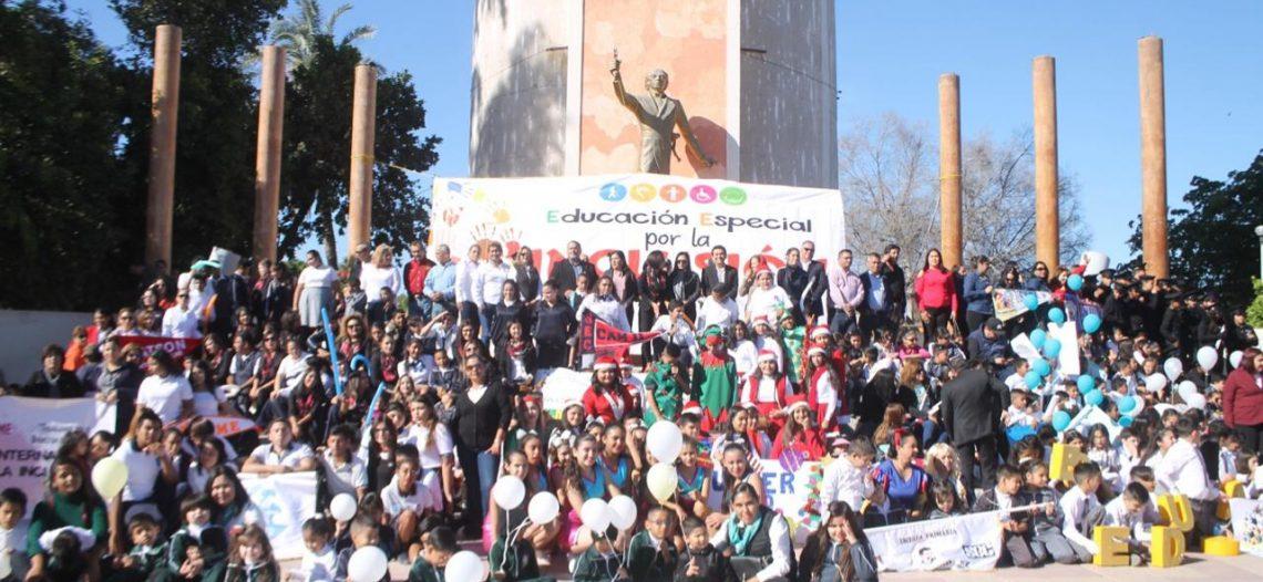 "Encabeza alcalde de Empalme, marcha de ""Semana por la Inclusión"""