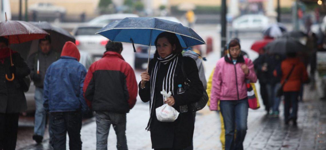 Prevén tormentas fuertes a lo largo del país por el frente frío 25