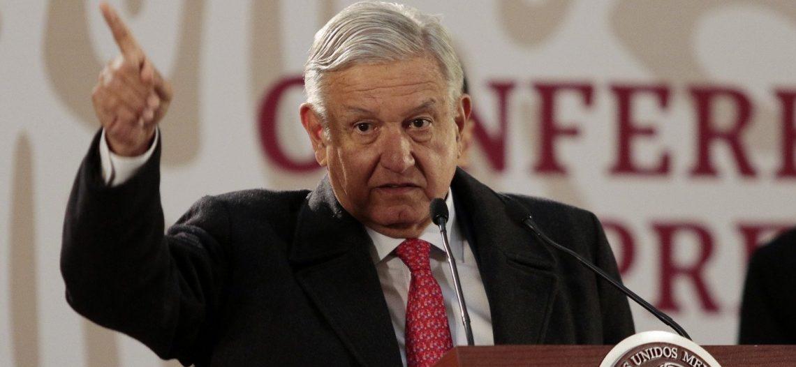 'Transparentan bienes o se van': López Obrador