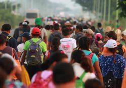 Más de 500 hondureños inician nueva caravana migrante