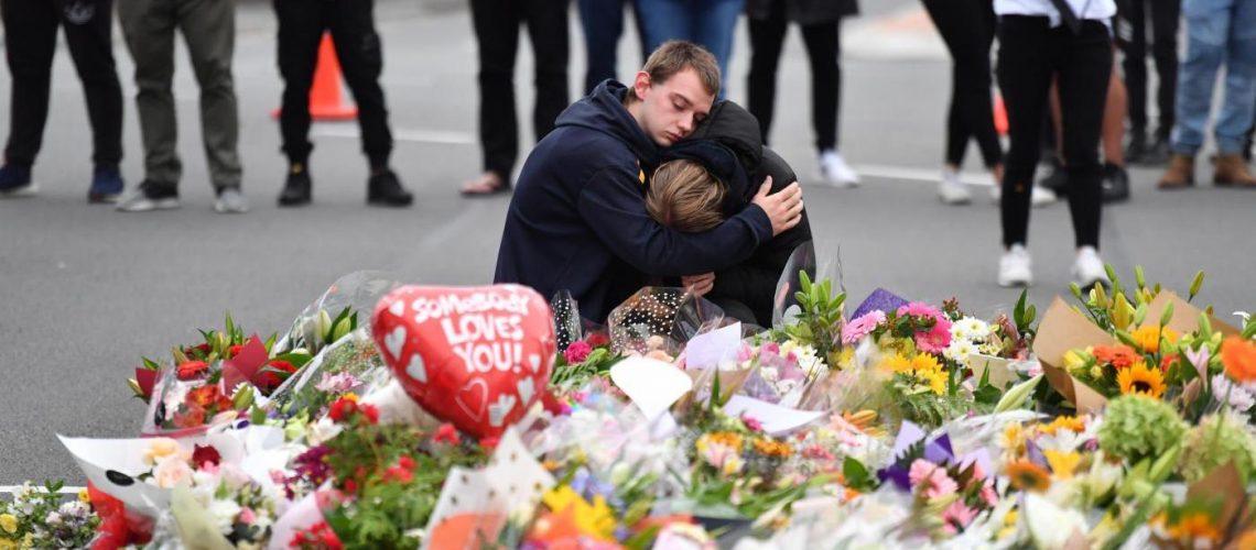 Nueva Zelanda prohíbe armas de asalto tras masacre