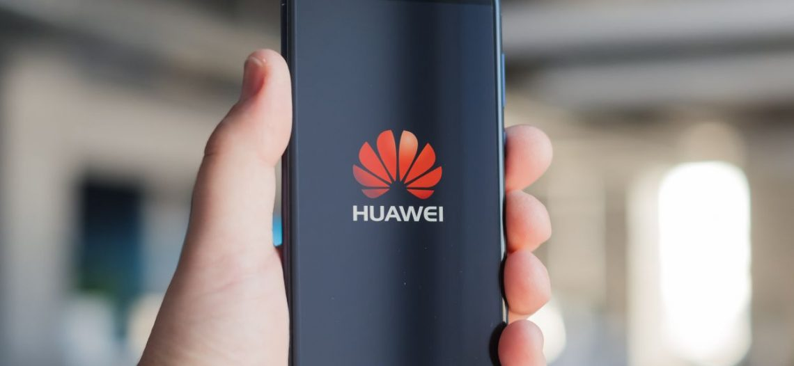 Condiciona Trump veto a Huawei a progresos con China