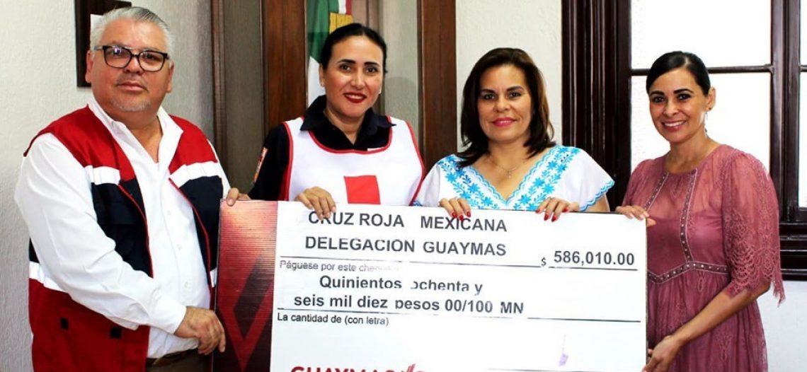 Entrega Ayuntamiento de Guaymas aportación a Cruz Roja