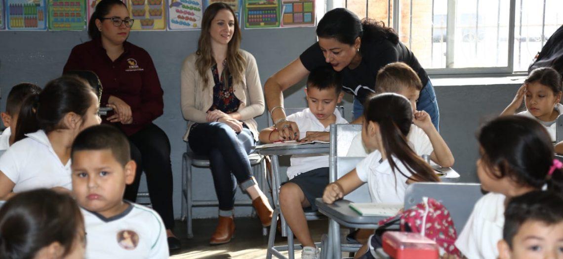 Presencian docentes de Arizona buenas prácticas educativas sonorenses