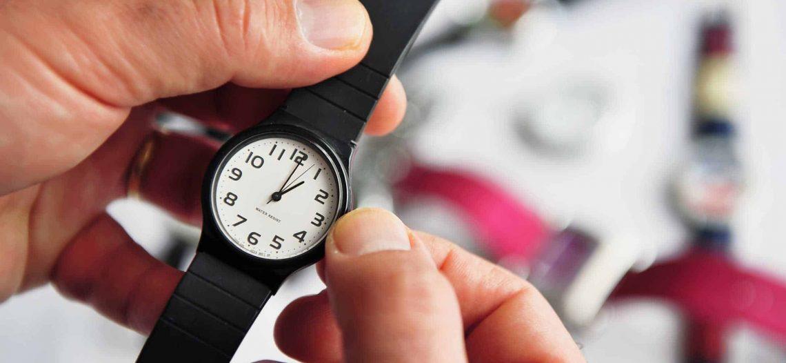 Senado analiza modificar o desaparecer el horario de verano