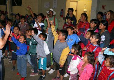 Brinda Voluntariado Isssteson nueva experiencia a niños indígenas