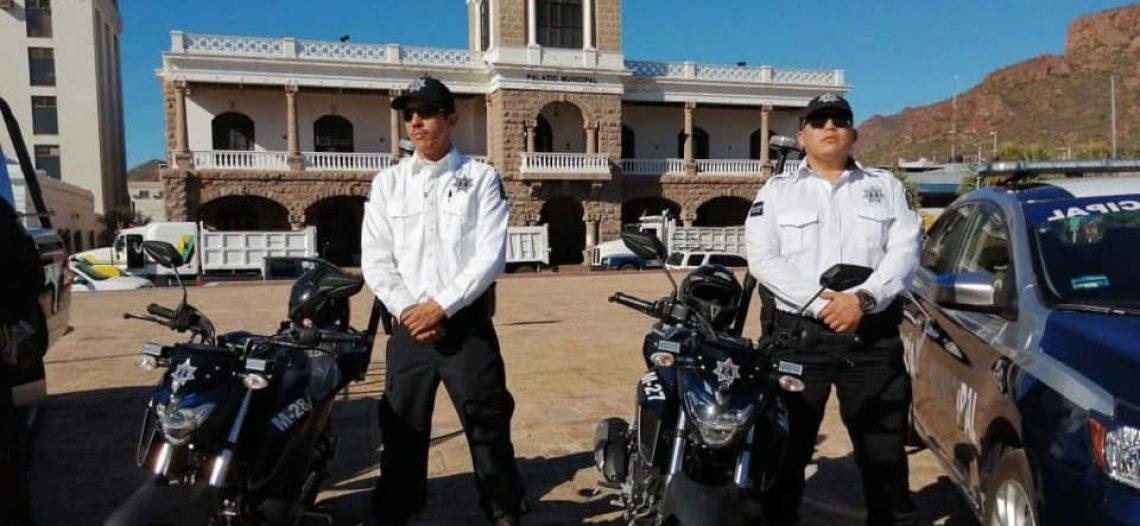 Entrega alcaldesa Sara Valle 10 patrullas a la Policía Municipal