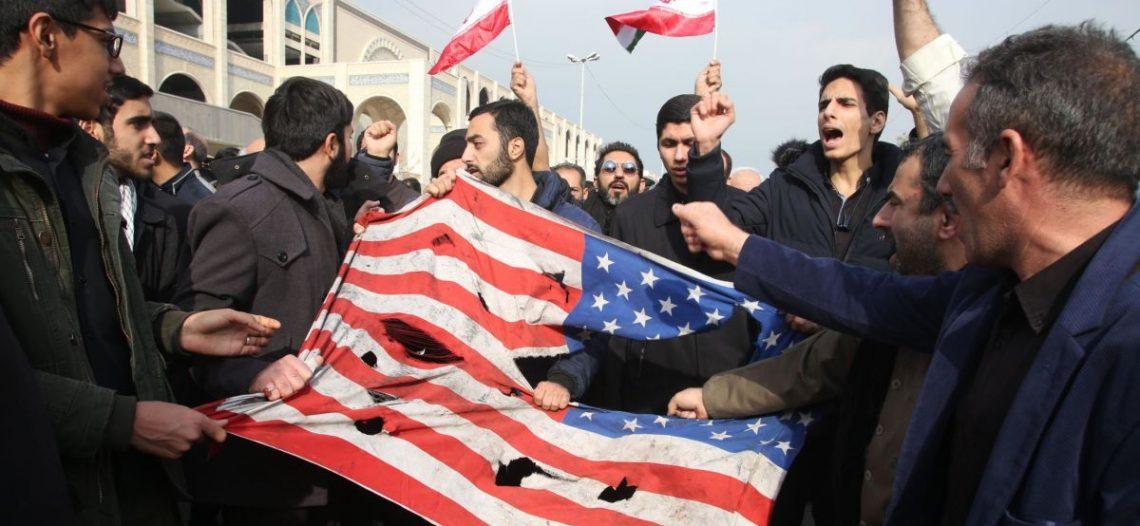 Irán ataca a EU por el mártir Soleimani