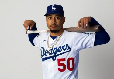 Debut triunfal de Betts con los Dodgers