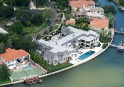 Tom Brady ocupará la mansión de Derek Jeter frente al mar en Islas Davis