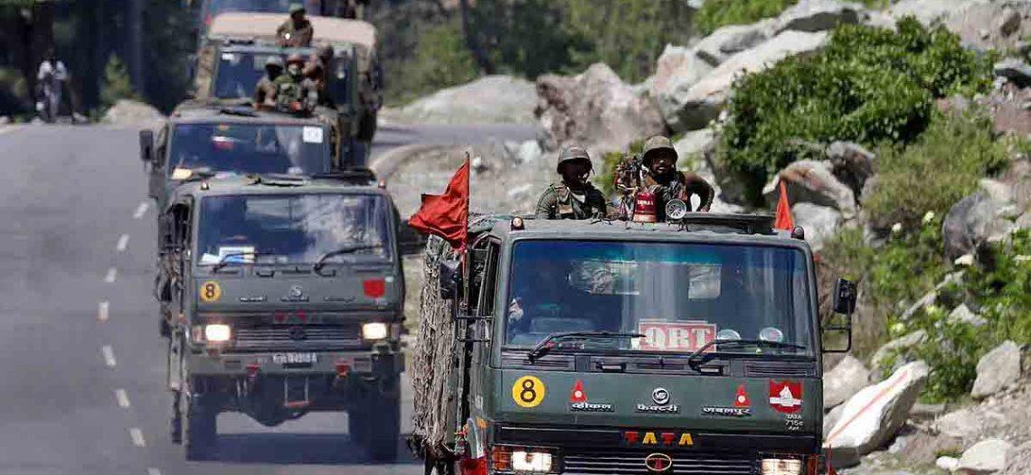 India y China despliegan ejércitos en frontera; aumenta tensión