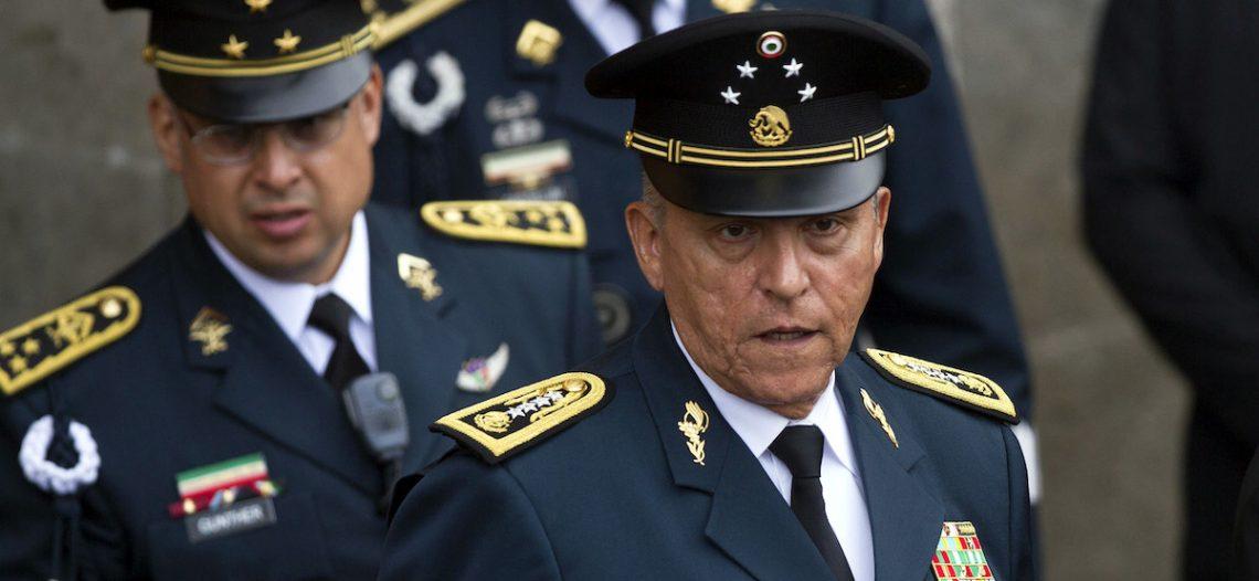 Salvador Cienfuegos fue detenido a petición de la DEA por 'delitos graves'