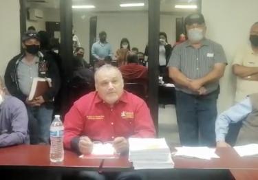 El alcalde Genesta se defiende y asegura que todo lo puede explicar; contracusa a los acusadores