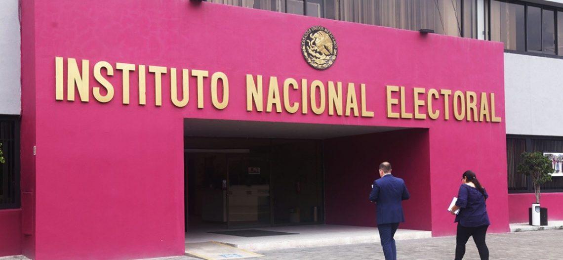 Miles salen en defensa del INE; exigen a partidos respetar reglas