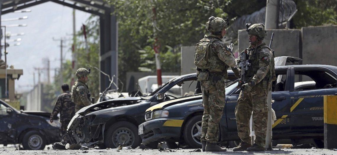 EU ordena salida de personal no esencial de embajada en Kabul, Afganistán
