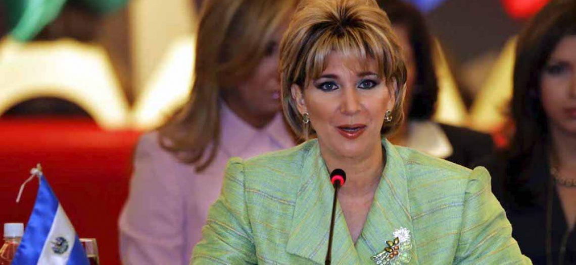 Exprimera dama de El Salvador es condenada a 10 años de prisión