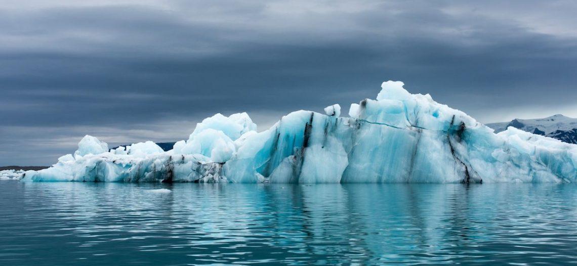 Hielo ártico se derrite dos veces más rápido de lo previsto, alerta estudio