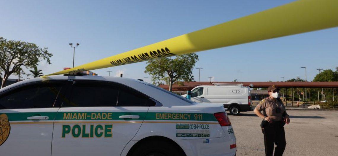 Niña de apenas 2 años muere al ser dejada 7 horas dentro de un vehículo en el calor de Miami